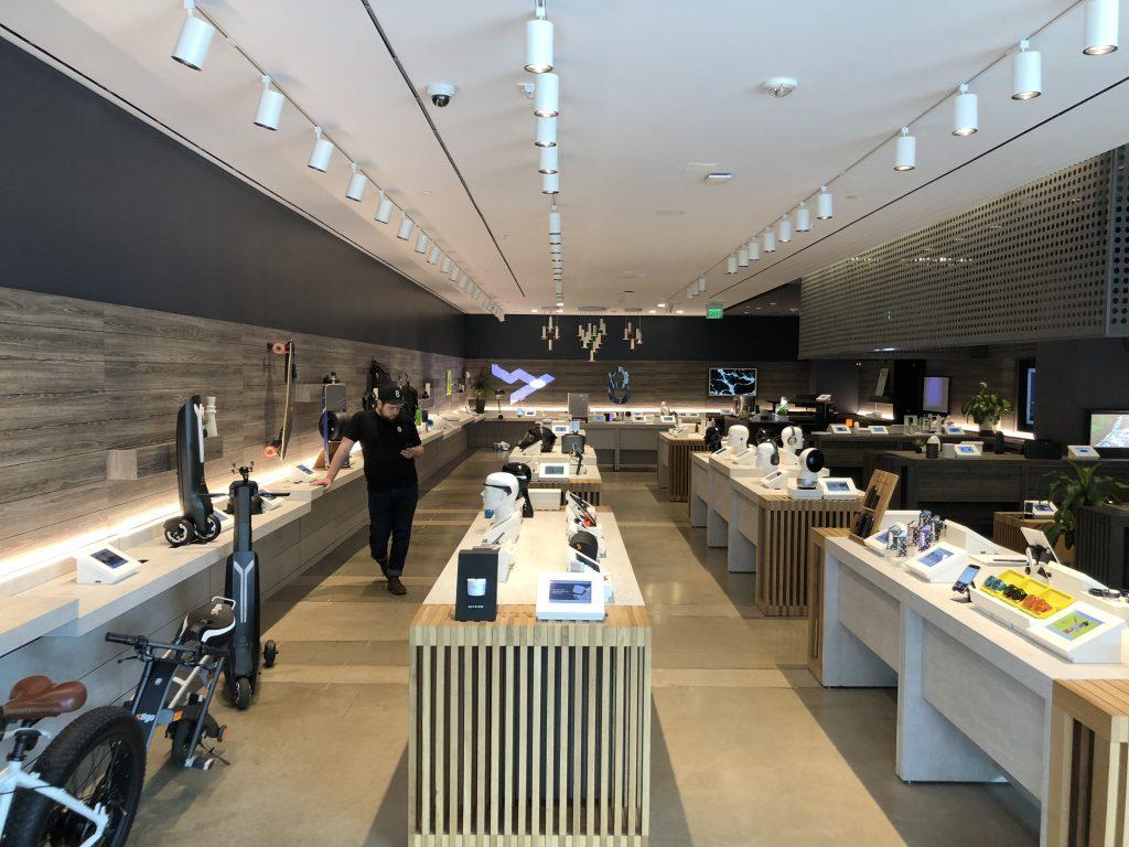 b8eta Retail Experience Store